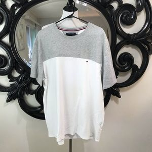 Men's Tommy Hilfiger whit and grey size XL